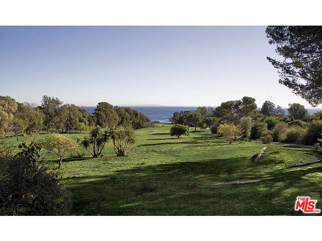 Real Estate for Sale, ListingId:30930010, location: 27535 PACIFIC COAST Highway Malibu 90265