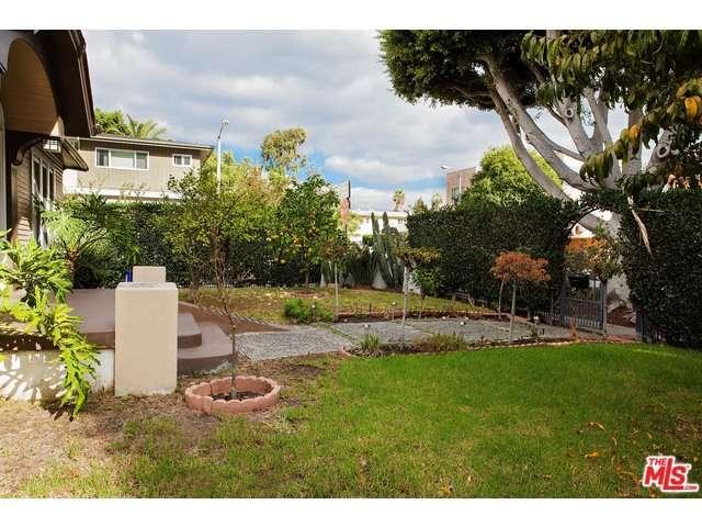 Rental Homes for Rent, ListingId:30901131, location: 7760 ROMAINE Street West Hollywood 90046