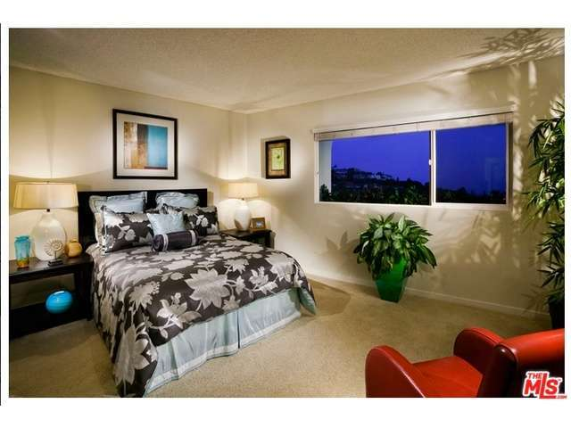 Rental Homes for Rent, ListingId:30929939, location: 6507 OCEAN CREST Drive Rancho Palos Verdes 90275