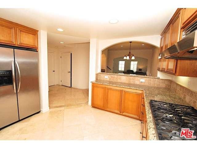 Rental Homes for Rent, ListingId:30929942, location: 6203 VARIEL Avenue Woodland Hills 91367