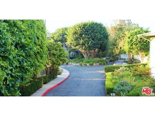 Rental Homes for Rent, ListingId:30953009, location: 239 BARRINGTON Avenue Los Angeles 90049