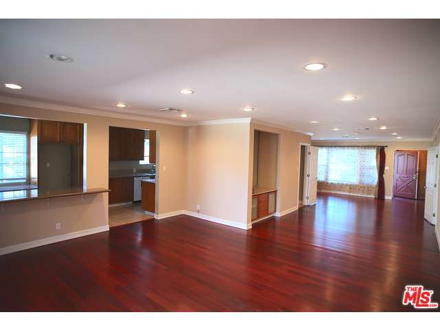 Rental Homes for Rent, ListingId:30969786, location: 16811 HALPER Street Encino 91436