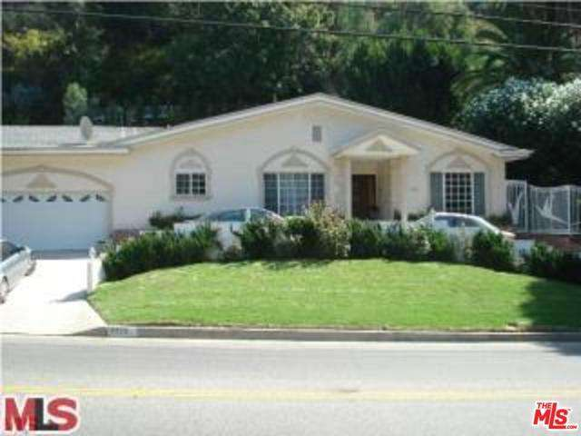 Rental Homes for Rent, ListingId:31054540, location: 2220 COLDWATER CANYON Drive Beverly Hills 90210