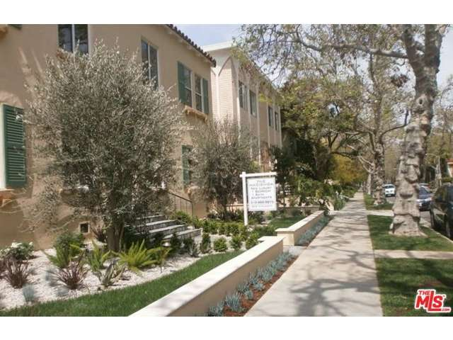 Rental Homes for Rent, ListingId:31187608, location: 203 North ALMONT Drive Beverly Hills 90211