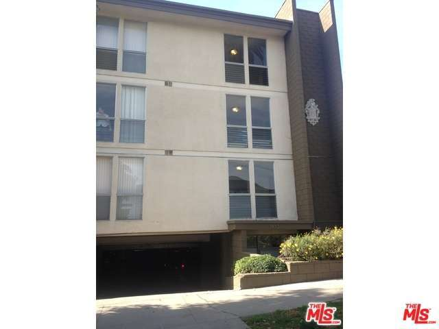 Rental Homes for Rent, ListingId:31187321, location: 1833 North NORMANDIE Avenue Los Angeles 90027