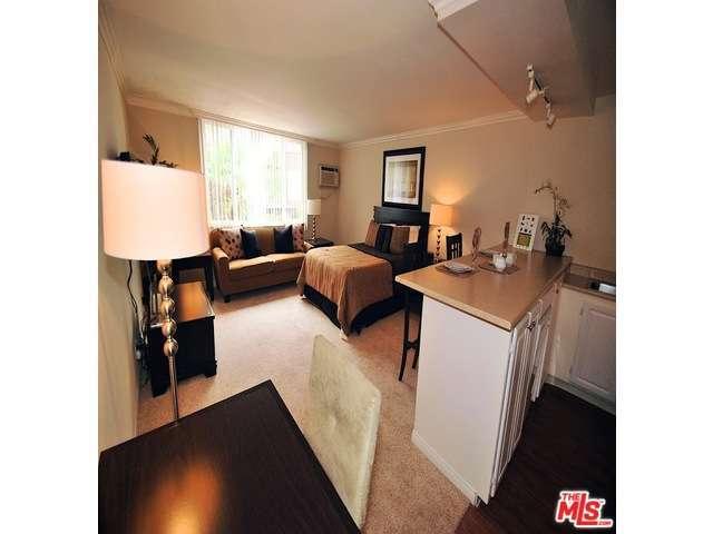 Rental Homes for Rent, ListingId:31187146, location: 1200 RIVERSIDE Drive Burbank 91506
