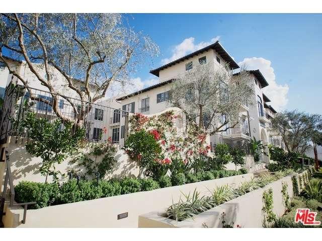 Rental Homes for Rent, ListingId:31247398, location: 738 WILCOX Avenue Los Angeles 90038