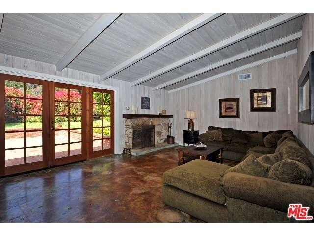 Real Estate for Sale, ListingId:31351562, location: 6053 PASEO CANYON Drive Malibu 90265