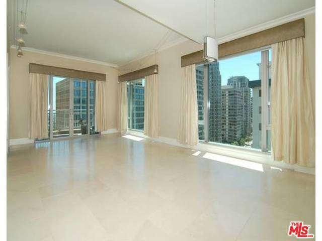 Rental Homes for Rent, ListingId:31351422, location: 10727 WILSHIRE Los Angeles 90024