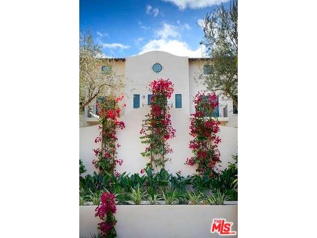 Rental Homes for Rent, ListingId:31384510, location: 738 WILCOX Avenue Los Angeles 90038