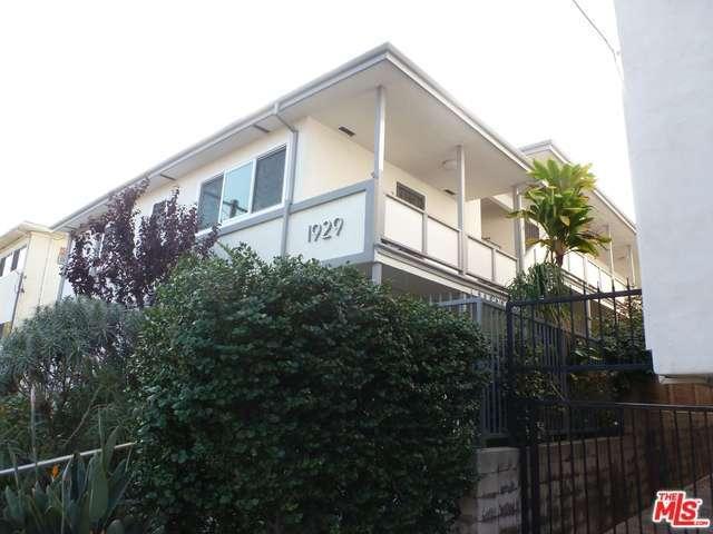Rental Homes for Rent, ListingId:31411571, location: 1929 TAMARIND Avenue Los Angeles 90068