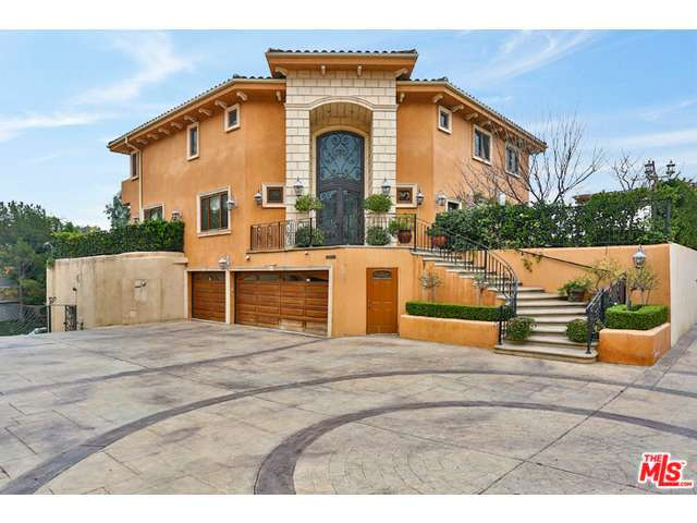 Rental Homes for Rent, ListingId:31442535, location: 2955 BEVERLY GLEN Circle Los Angeles 90077