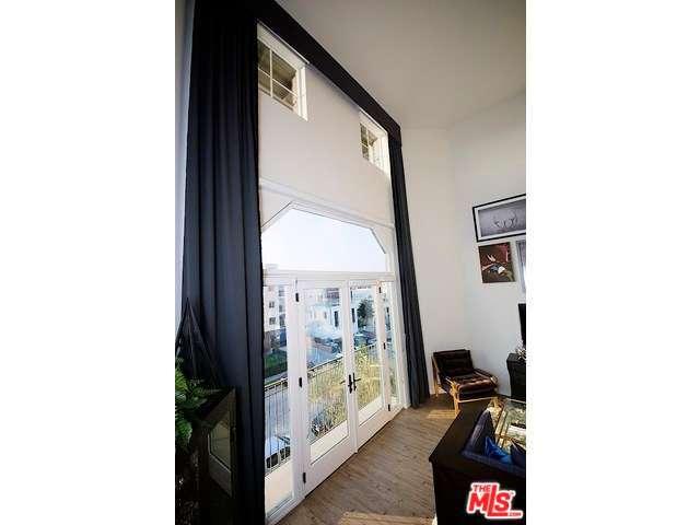 Rental Homes for Rent, ListingId:31442457, location: 738 WILCOX Avenue Los Angeles 90038
