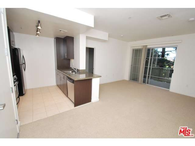 Rental Homes for Rent, ListingId:31587764, location: 11049 MAGNOLIA North Hollywood 91601