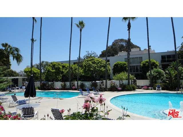Rental Homes for Rent, ListingId:31587840, location: 239 BARRINGTON Avenue Los Angeles 90049