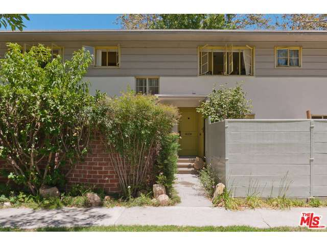5305 Village Grn, Los Angeles, CA 90016