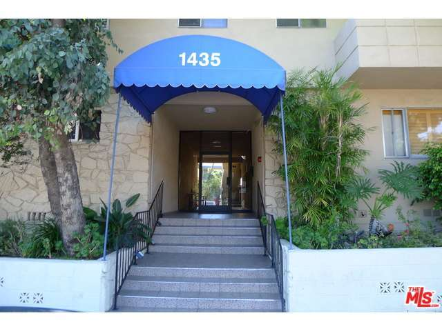 Rental Homes for Rent, ListingId:31652064, location: 1435 North FAIRFAX Avenue West Hollywood 90046