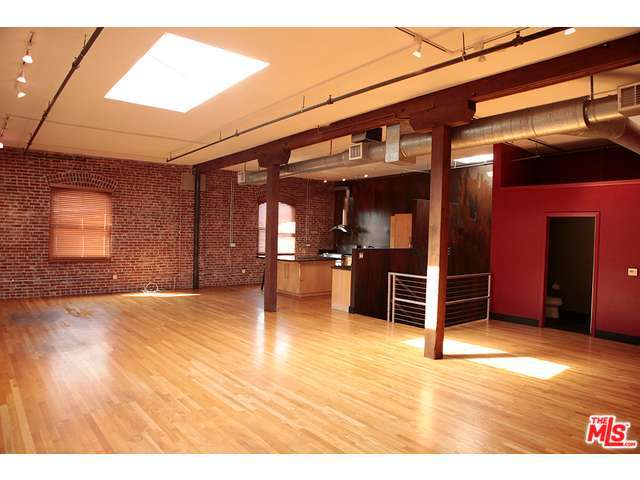 Rental Homes for Rent, ListingId:31707173, location: 215 South SANTA FE Avenue Los Angeles 90012