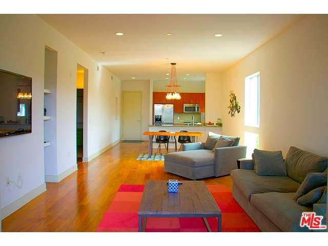 Rental Homes for Rent, ListingId:31798676, location: 4211 REDWOOD Avenue Los Angeles 90066