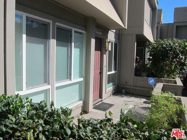 Rental Homes for Rent, ListingId:31835970, location: 2520 ARIZONA Avenue Santa Monica 90404