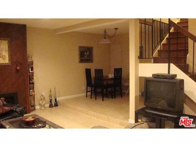 Rental Homes for Rent, ListingId:31835998, location: 5658 ETIWANDA Avenue Tarzana 91356