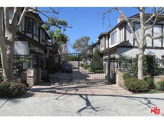Rental Homes for Rent, ListingId:31872619, location: 4851 HAYVENHURST Avenue Encino 91436