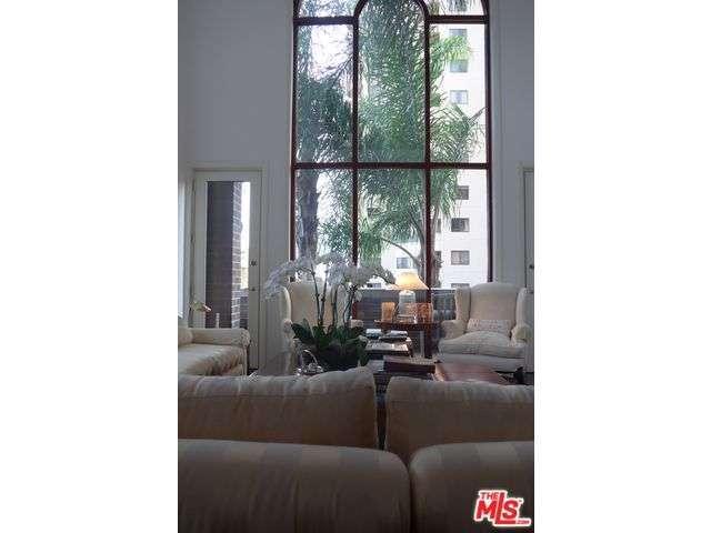 Rental Homes for Rent, ListingId:31984117, location: 10550 WILSHIRE Los Angeles 90024
