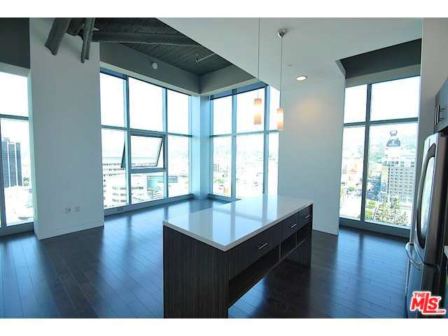 Rental Homes for Rent, ListingId:31964709, location: 1480 VINE Street Los Angeles 90028