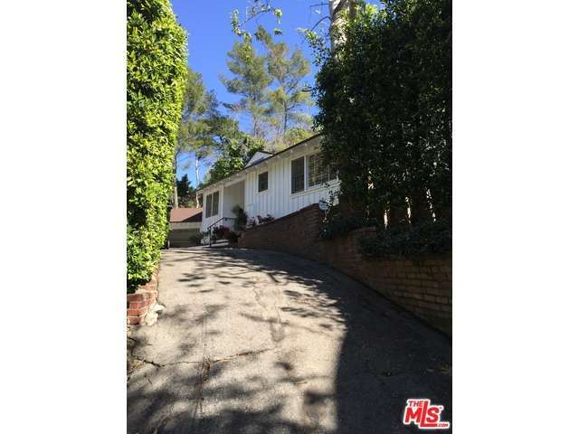 Rental Homes for Rent, ListingId:31984118, location: 1870 BENEDICT CANYON Drive Beverly Hills 90210