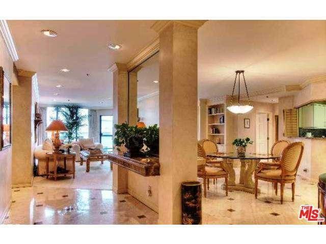 Rental Homes for Rent, ListingId:32148853, location: 10724 WILSHIRE Los Angeles 90024