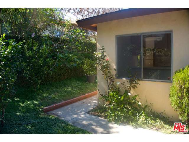 Rental Homes for Rent, ListingId:32254469, location: 927 EL PASO Drive Los Angeles 90042