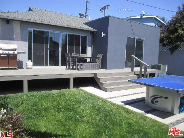 Rental Homes for Rent, ListingId:32235055, location: 12312 CHARNOCK Road Los Angeles 90066