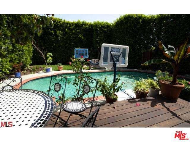 Rental Homes for Rent, ListingId:32379434, location: 1520 SIERRA BONITA Avenue Los Angeles 90046