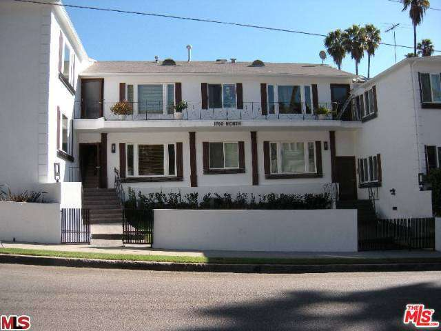 Rental Homes for Rent, ListingId:32285876, location: 1702 GARDNER Street Los Angeles 90046