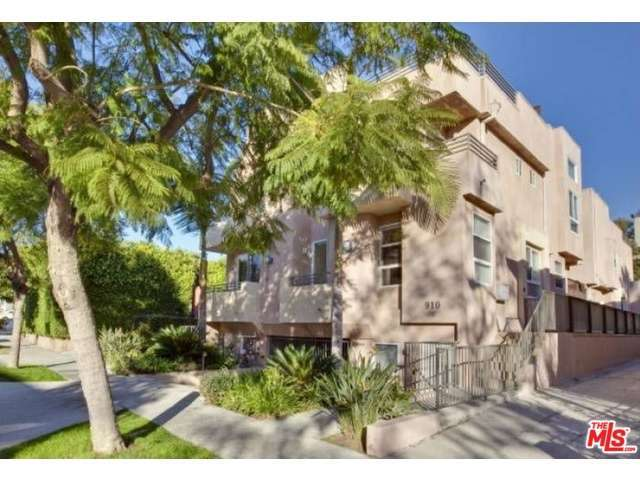 Rental Homes for Rent, ListingId:32300956, location: 910 CURSON Avenue West Hollywood 90046