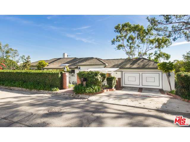 Rental Homes for Rent, ListingId:32300952, location: 1634 CASALE Road Pacific Palisades 90272