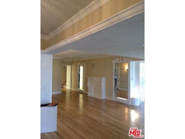 Rental Homes for Rent, ListingId:32350989, location: 485 ROXBURY Drive Beverly Hills 90212