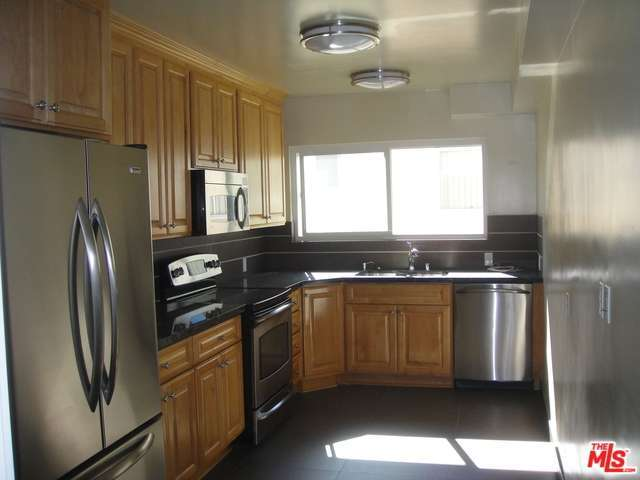 Rental Homes for Rent, ListingId:32423822, location: 415 North PALM Drive Beverly Hills 90210