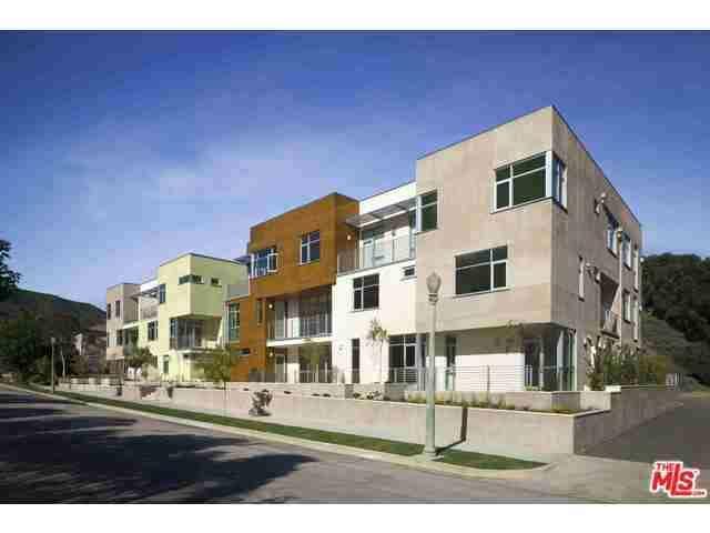 Rental Homes for Rent, ListingId:32455341, location: 11715 West BELLAGIO Road Los Angeles 90049
