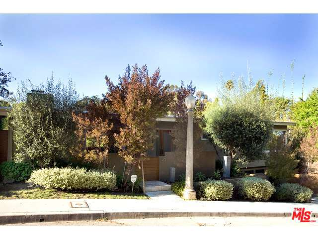 Rental Homes for Rent, ListingId:32478164, location: 4011 FARMOUTH Drive Los Angeles 90027