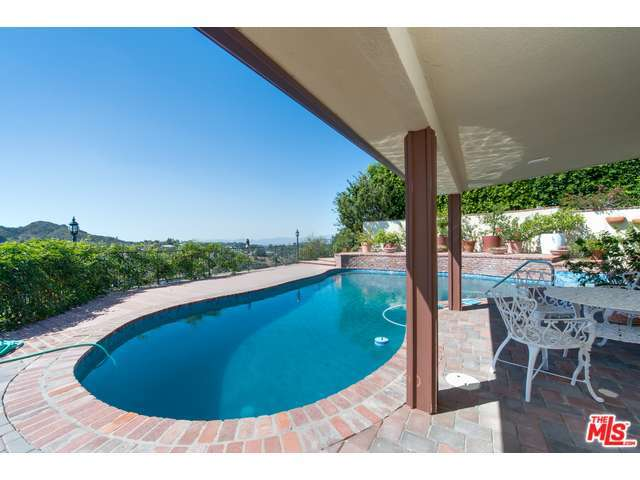 Rental Homes for Rent, ListingId:32579955, location: 3713 DELLVALE Place Encino 91436