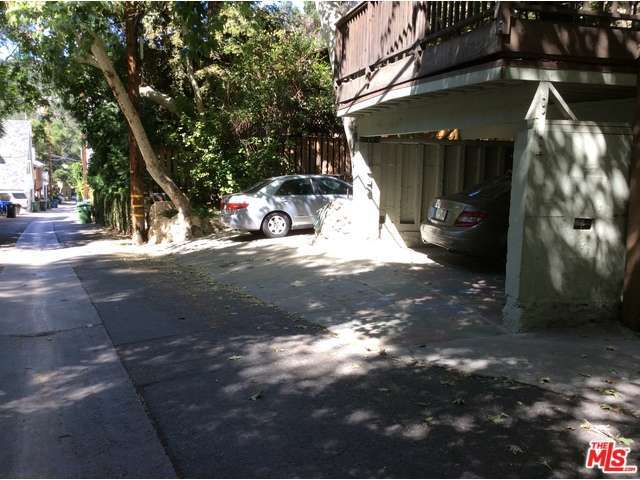Rental Homes for Rent, ListingId:32650609, location: 9817 YOAKUM Drive Beverly Hills 90210