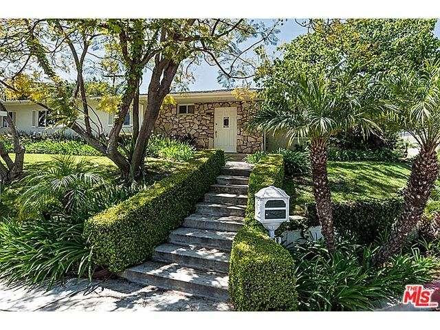 Rental Homes for Rent, ListingId:32774109, location: 603 North BONHILL Road Los Angeles 90049