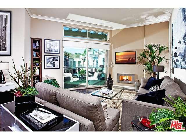 Rental Homes for Rent, ListingId:32632854, location: 130 South SEPULVEDA Los Angeles 90049