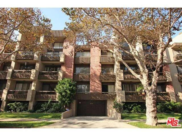 Rental Homes for Rent, ListingId:32706847, location: 141 South LINDEN Drive Beverly Hills 90212