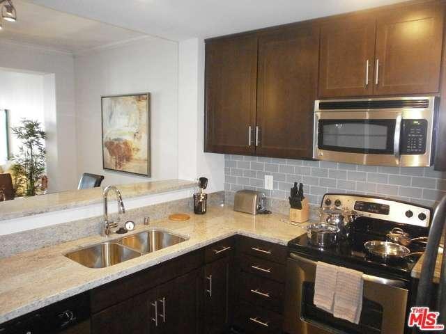 Rental Homes for Rent, ListingId:32706807, location: 10833 WILSHIRE Boulevard Los Angeles 90024