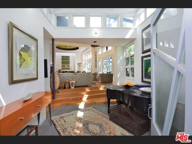Real Estate for Sale, ListingId: 32744378, Sherman Oaks,CA91403