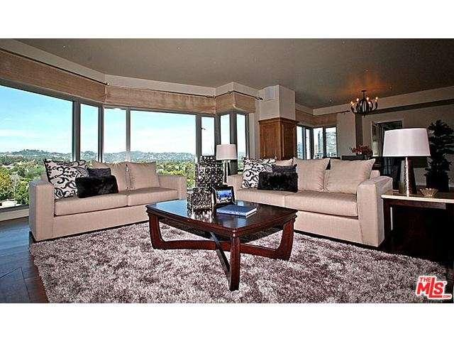 Rental Homes for Rent, ListingId:32744295, location: 10727 WILSHIRE Los Angeles 90024
