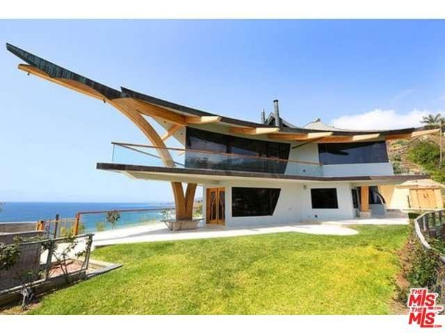 Rental Homes for Rent, ListingId:32779331, location: 21363 RAMBLA VISTA Malibu 90265
