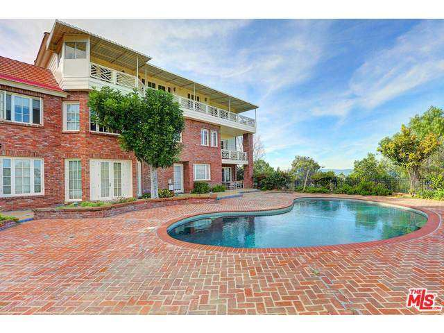 Rental Homes for Rent, ListingId:32774133, location: 16281 DORILEE Lane Encino 91436